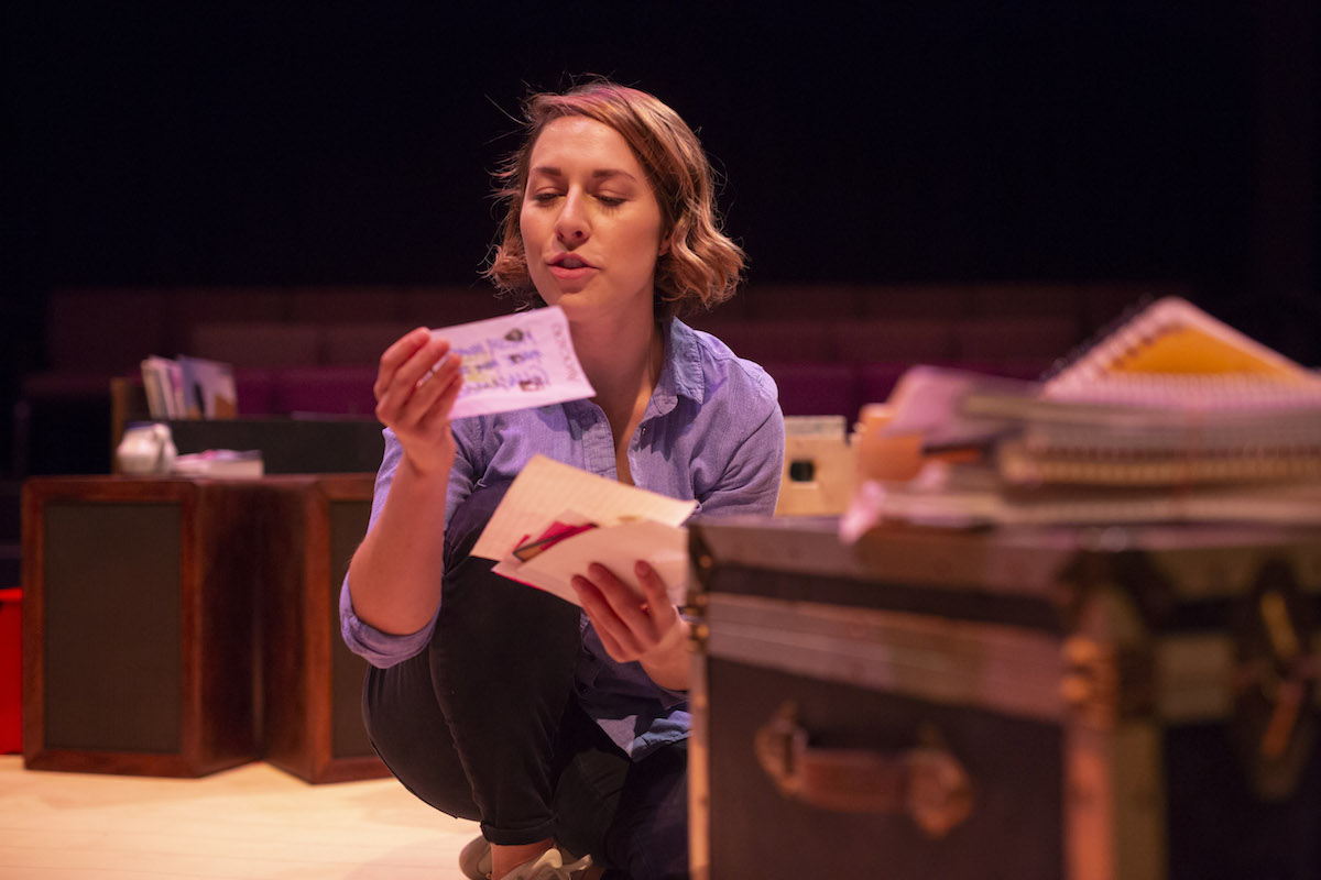 Jenna-Lee Hyde in EVERY BRILLIANT THING; photo by David Stobbe.